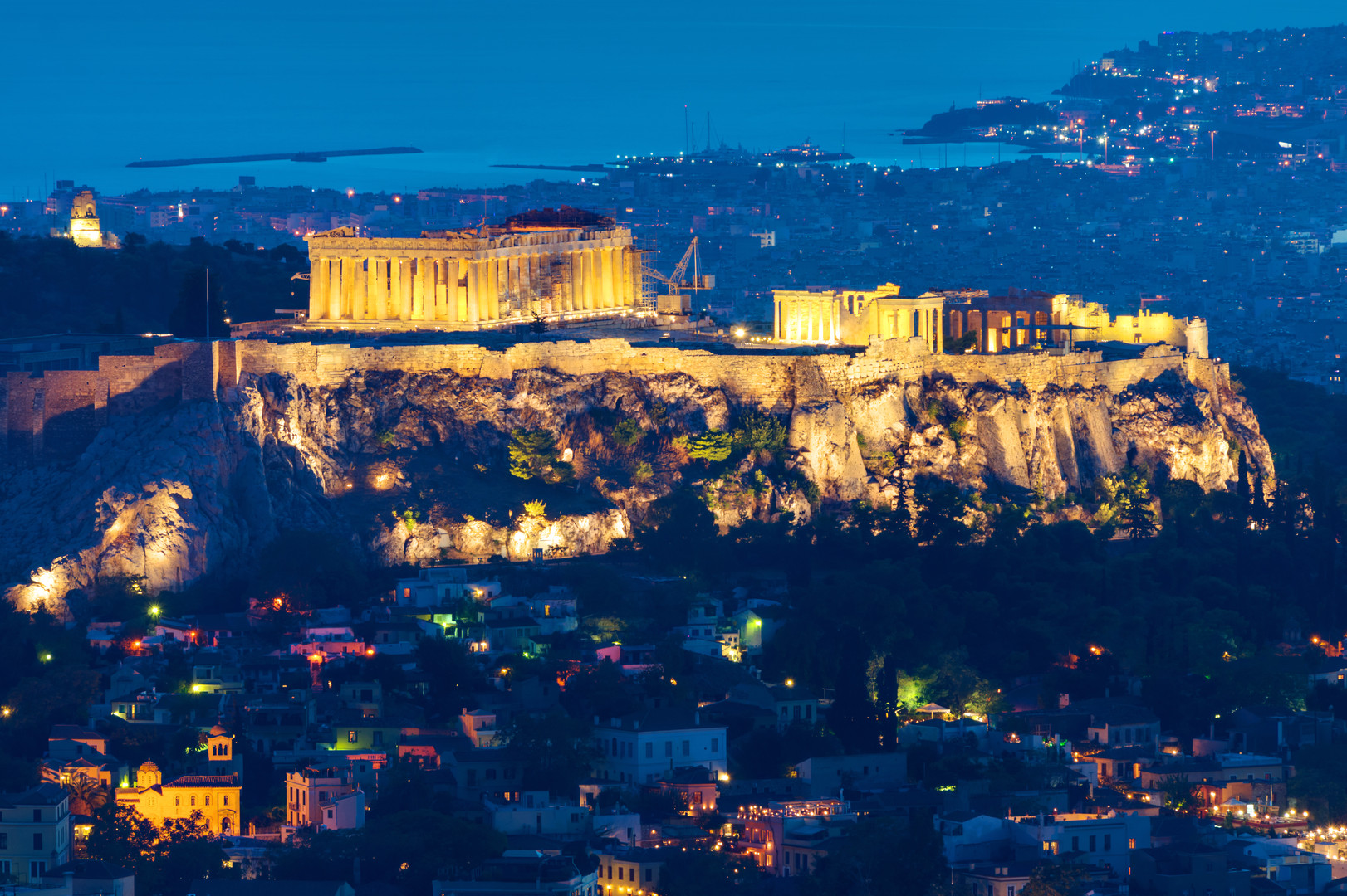 athens-at-night-PM8WJDW.jpg