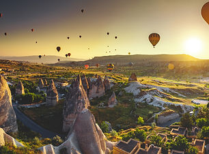 cappadocia-valley-at-sunrise-SE7T2L5.jpg