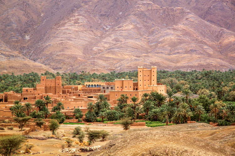 village-in-the-draa-valley-in-morocco-PP