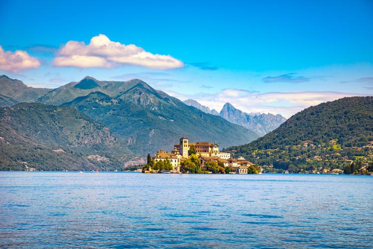 orta-lake-landscape-orta-san-giulio-vill