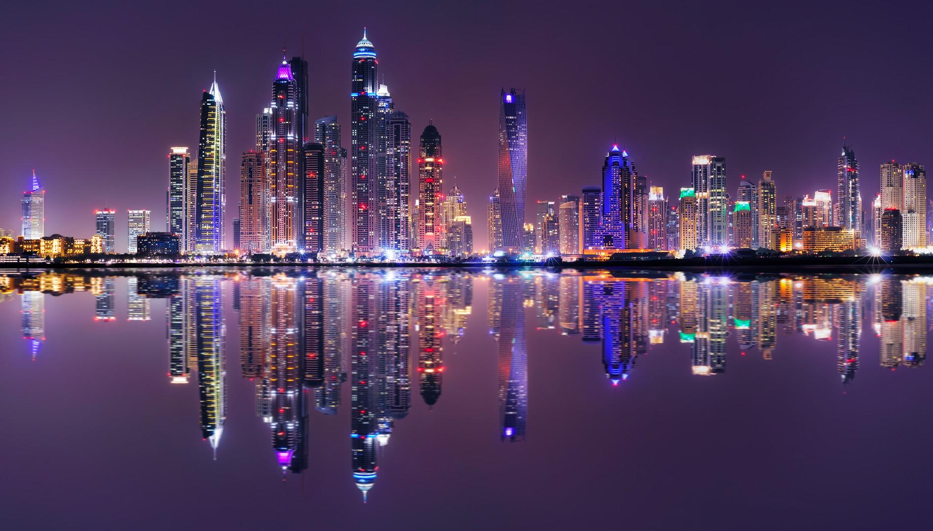 amazing-night-panorama-of-dubai-marina-d