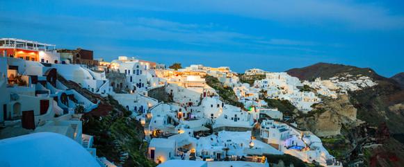 santorini-island-greece-caldera-over-aeg