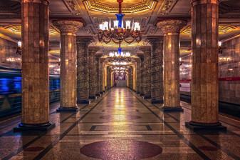 metro-3714296_1280.jpg