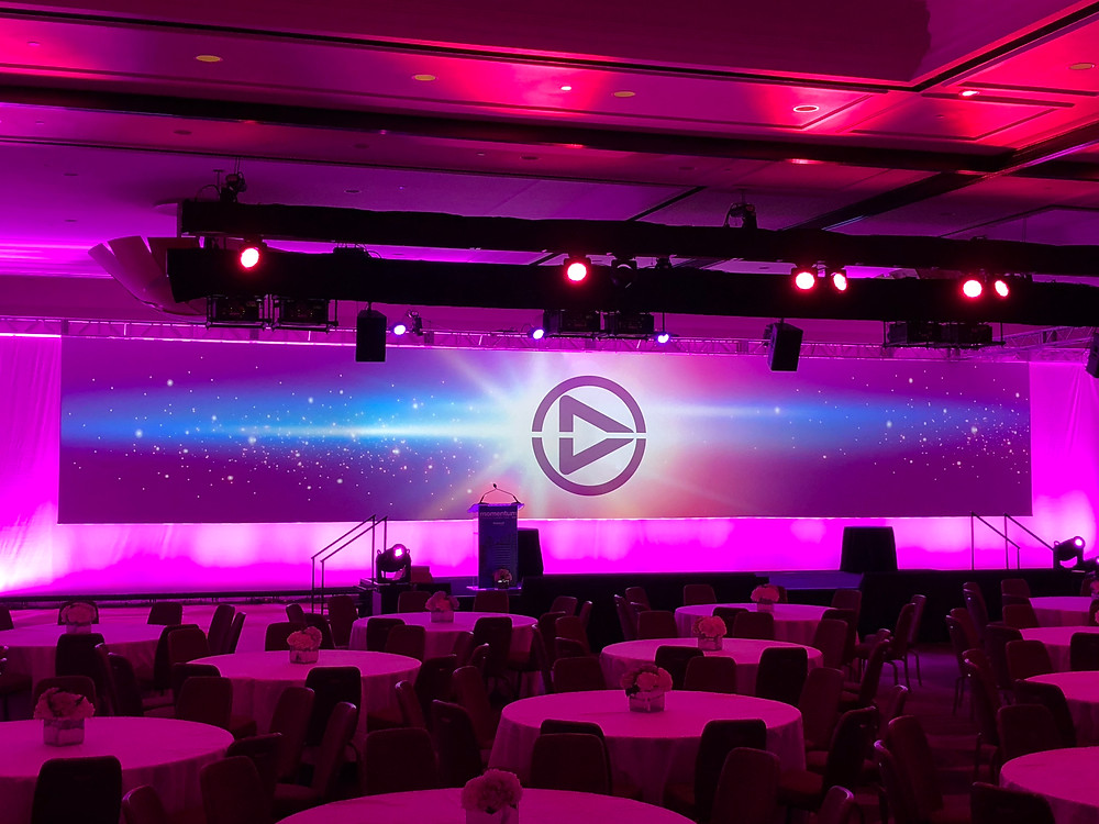 projection screen   mapping   conference event