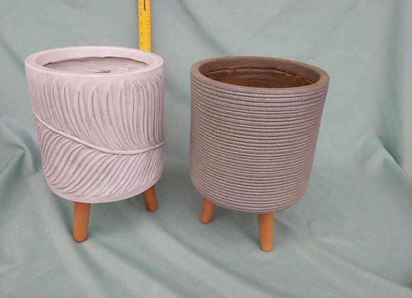 """8"""" Fibreclay Pot w. Wooden Legs"""