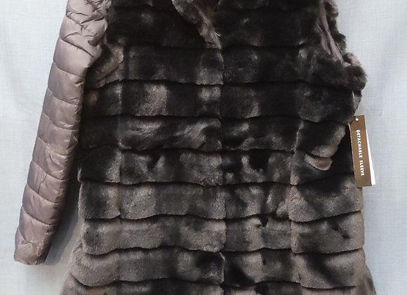 Faux Fur Winter Jacket w. Detachable Sleeve