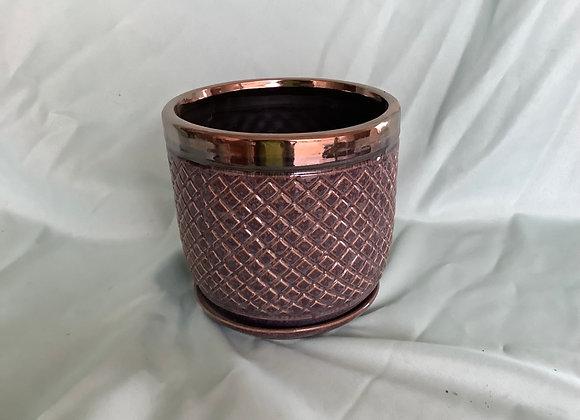 "6"" Antique Diamond Pattern Pot w. Saucer"
