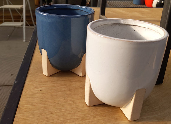 "5"" Blue & White Pots"