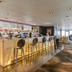 Hotels & Resturants