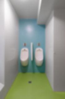 Fugenlose Wand und Bodenbeläge für stark beanspruchte Bereiche, Farbgestaltung EpprechtArchitekten AG, Aarburg und Olten, grüner Boden