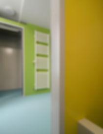 Fugenlose Wand und Bodenbeläge für stark beanspruchte Bereiche, Farbgestaltung EpprechtArchitekten AG, Aarburg und Olten, blauer Boden