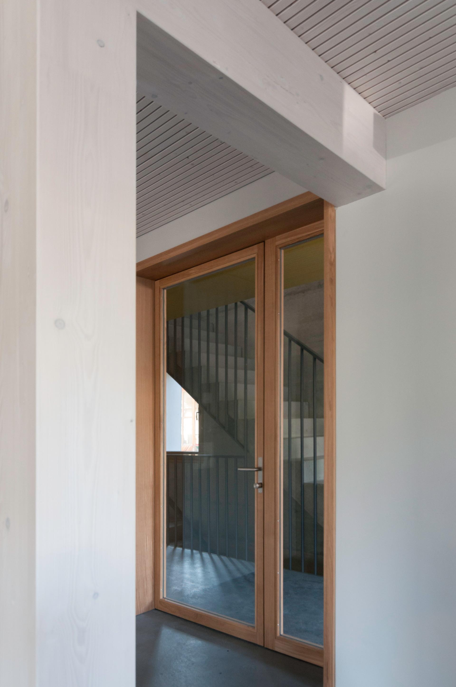 c3g_HBA_Türe_Treppenhaus_EG.jpg