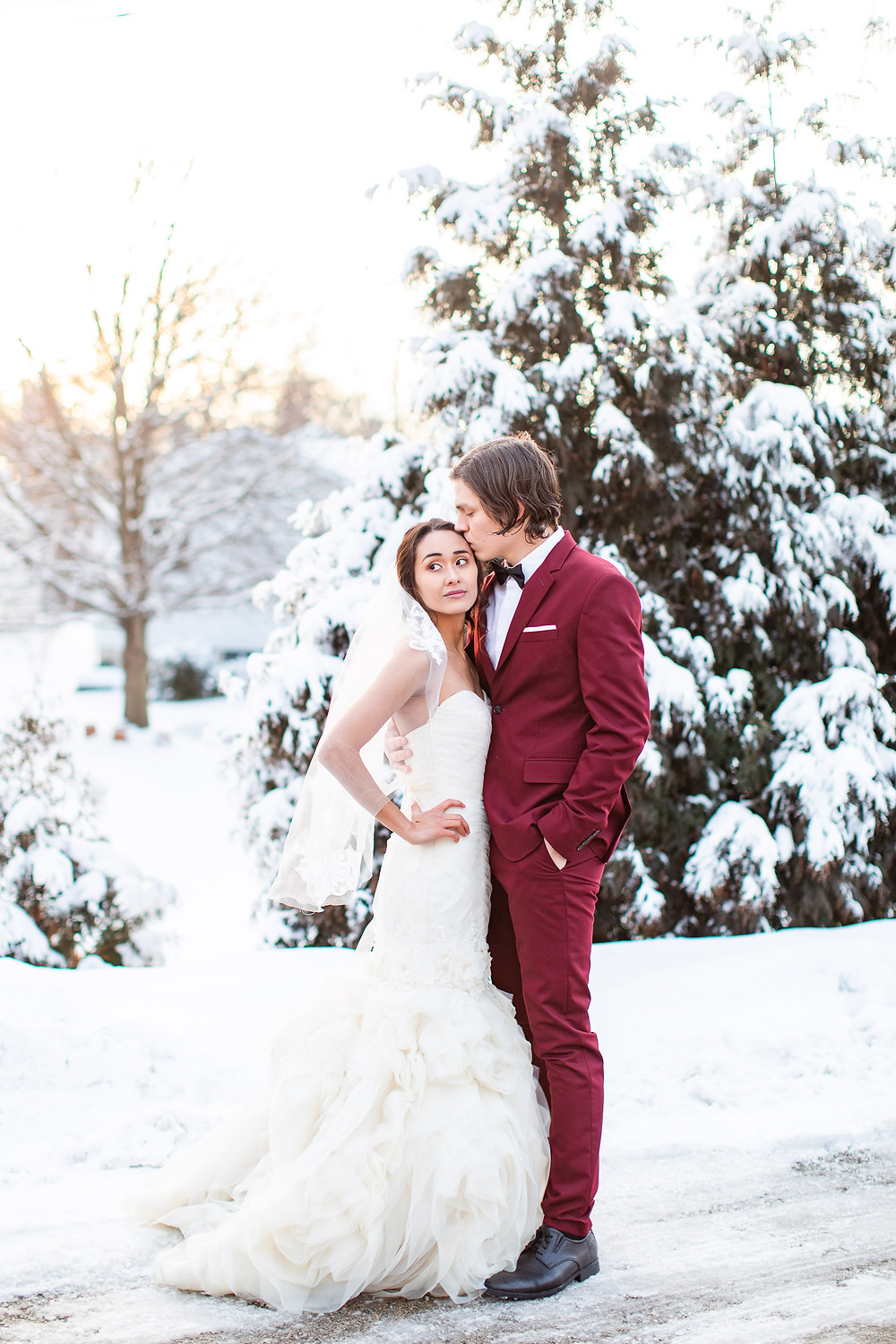 Winter Styled Shoot Sable Creek Winery wedding photographer joliet il wedding pictures pose wedding photographer plainfield