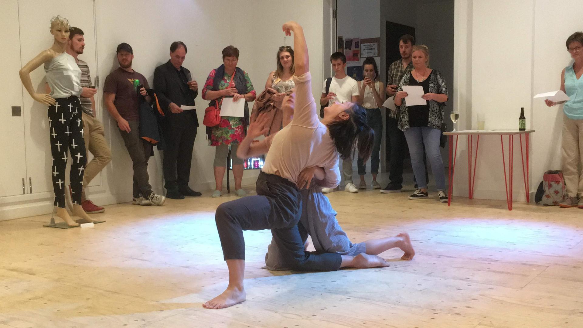 6 Dance Sculptures