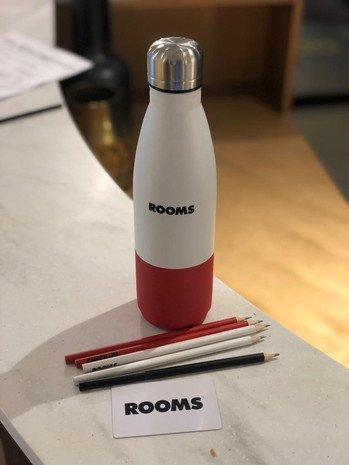 מוצרי פרסום מיוחדים בקבוק תרמי ועפרונות