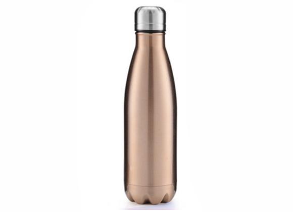 """בקבוק נירוסטה מעוצב בצבע נחושת מבריקה 750 מ""""ל"""