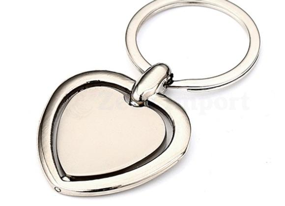 מחזיק מפתחות לב ממותג לוגו יוקרתי