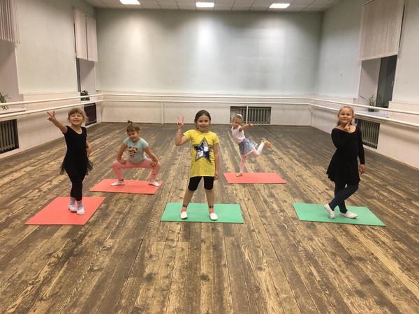 Набор детей 5-7 лет в коллектив эстрадного танца «ДИАМАНТ»