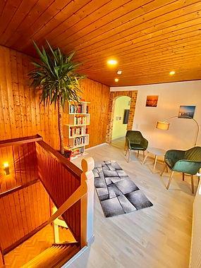 Lounge_1[1].jpg