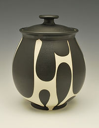 "16) B/W Lidded Jar, 10"" tall."