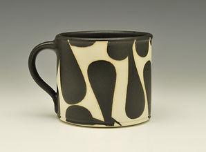 """7) B/W Small Mug, 3""""x 4""""x 3""""."""