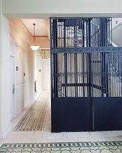 Lift | Ambos Mundos Hotel | Havana | Cuba | Luis Wise Hernandez