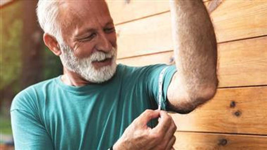 This Helps Fight Age-Related Muscle Decline, Crucial After 30
