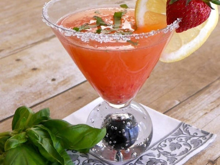 Low Carb Strawberry-Basil Lemon Drop
