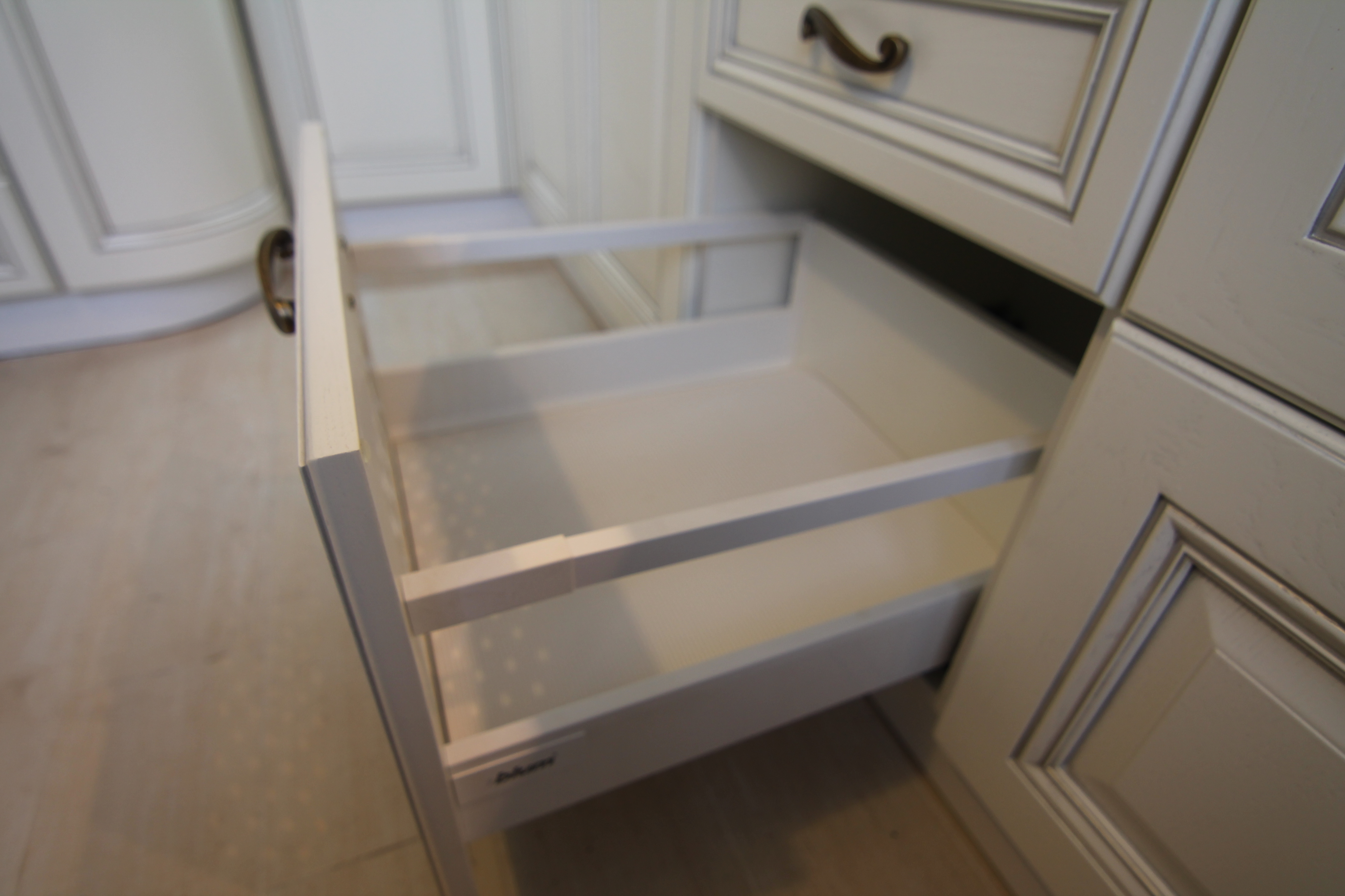 ящики для хранения посуды