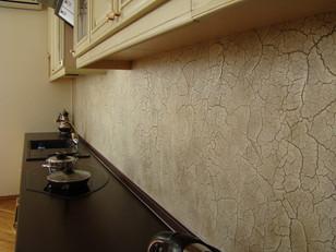 Венецианская штукатурка на кухне