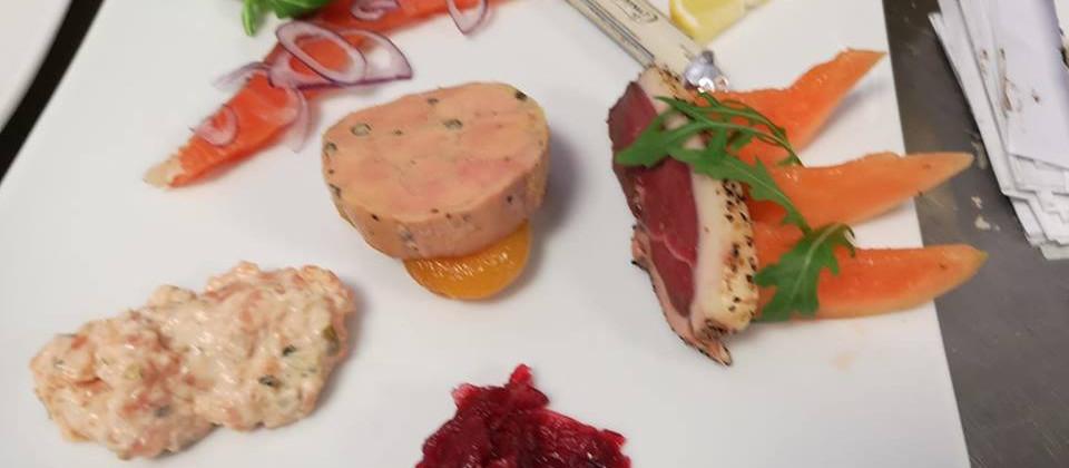 duo-saumon-foie-gras.jpg