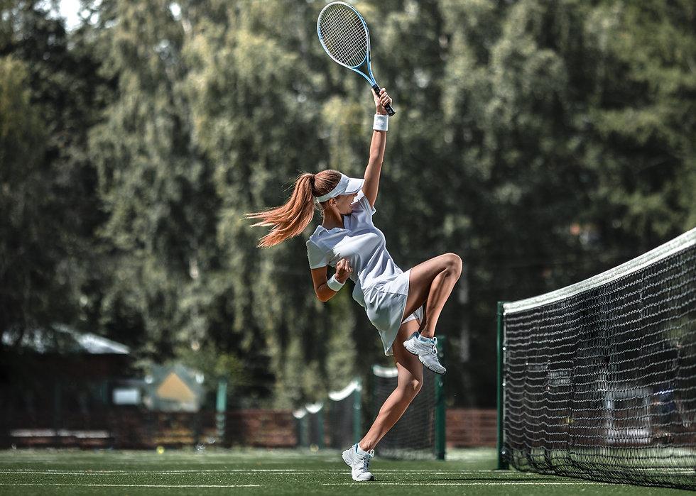 happy-tennis-player-LFATGRE.jpg