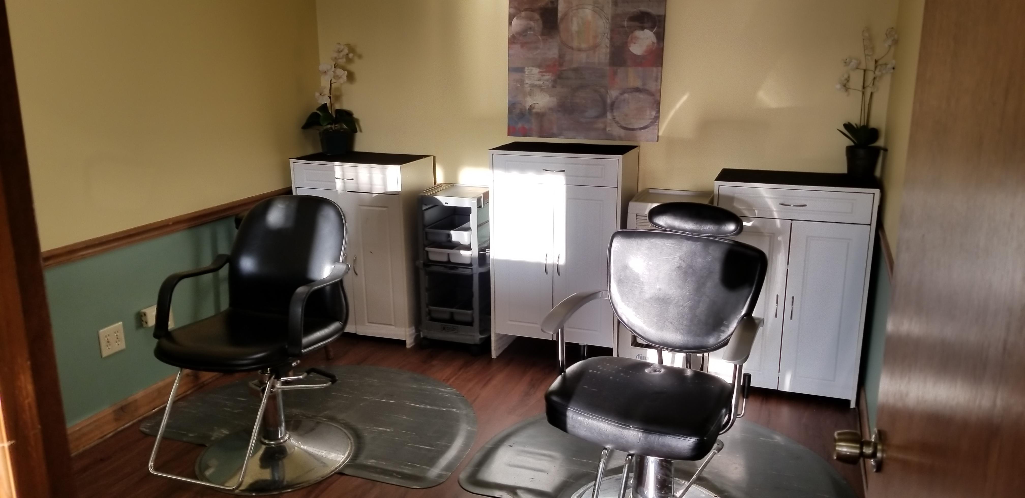 Miraculous Home Uniforhair Interior Design Ideas Grebswwsoteloinfo