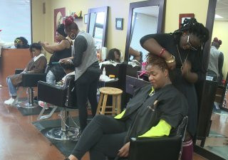 Opinions split on 'natural' hairstylist license bill in state assembly