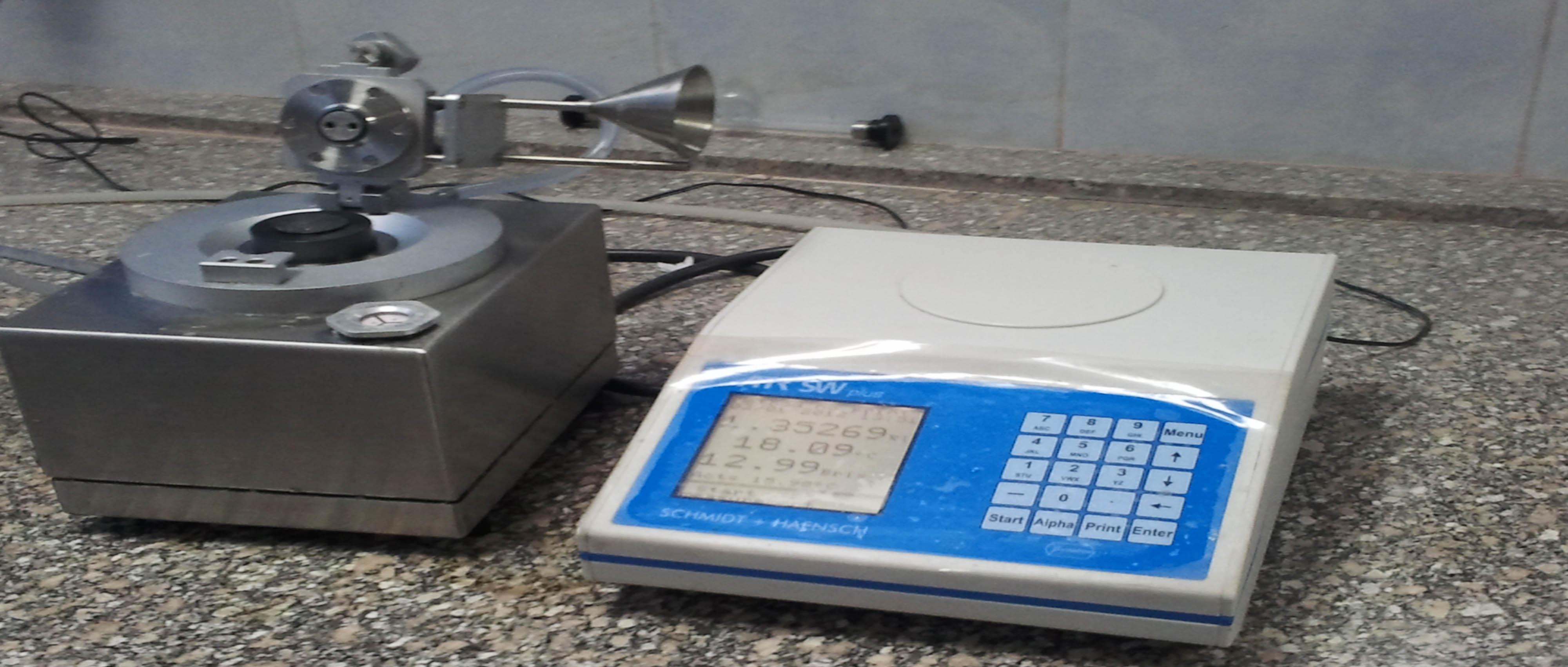 جهاز قياس جودة السكر مركب بالمعمل