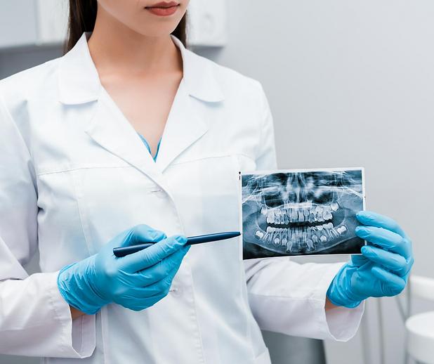 Orthodontics | Moonstone Dental | Dentist | Dental Clinic | Oakville | Mississauga