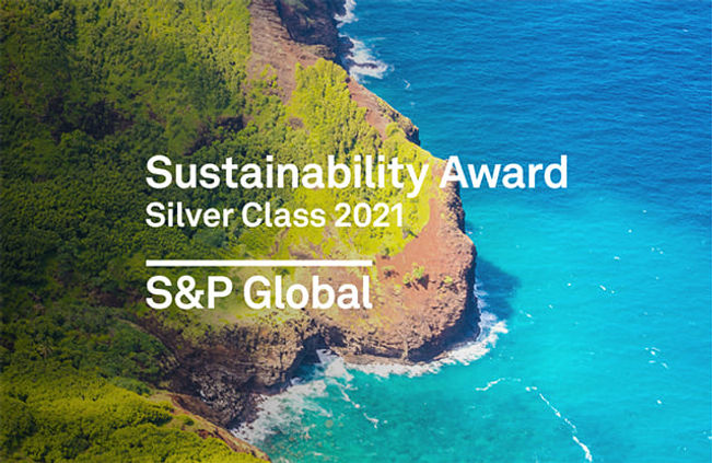 Gildan_Sustainability_Yearbook_Silver_Cl