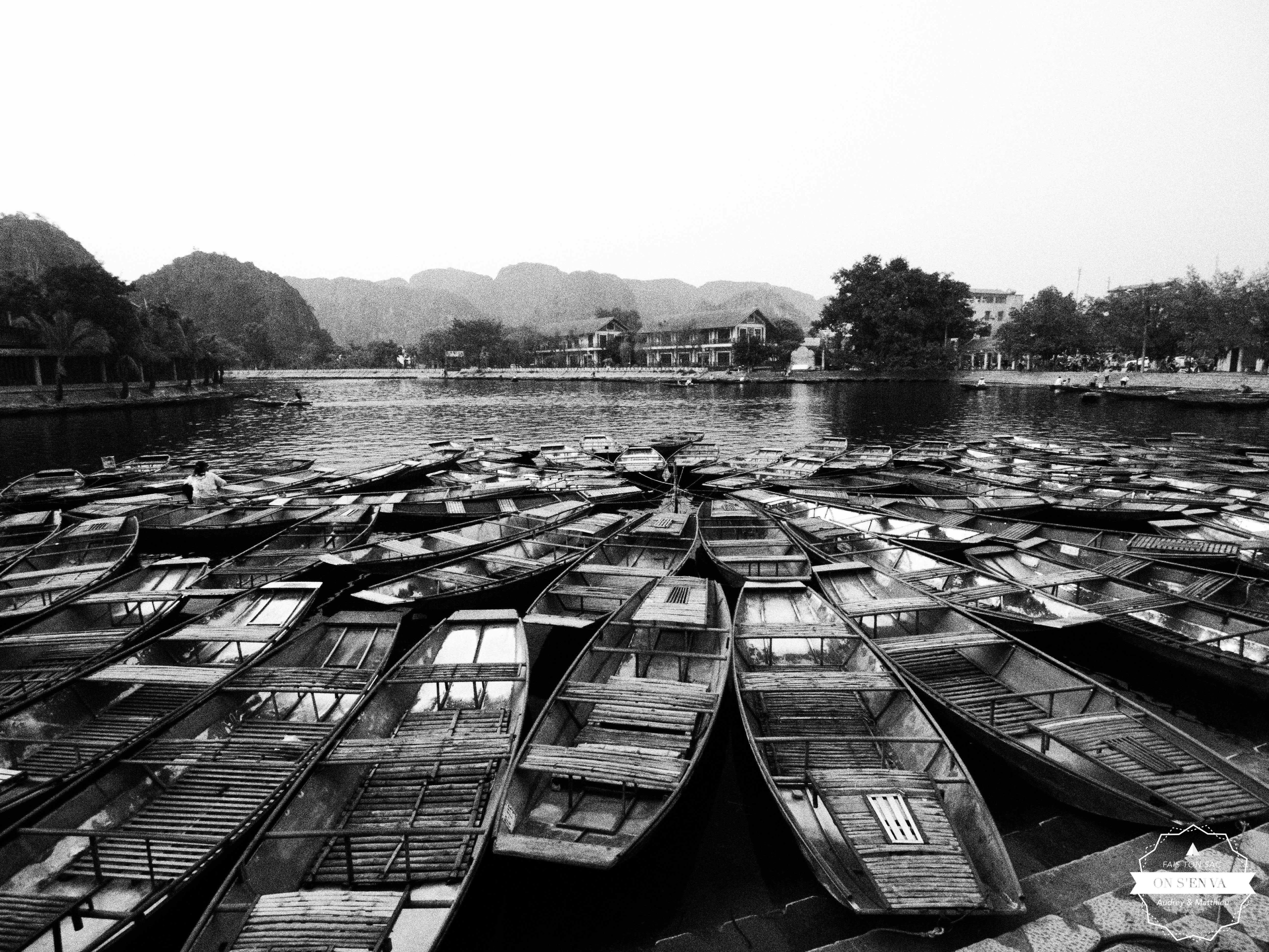 La ville vit des balades en bateau