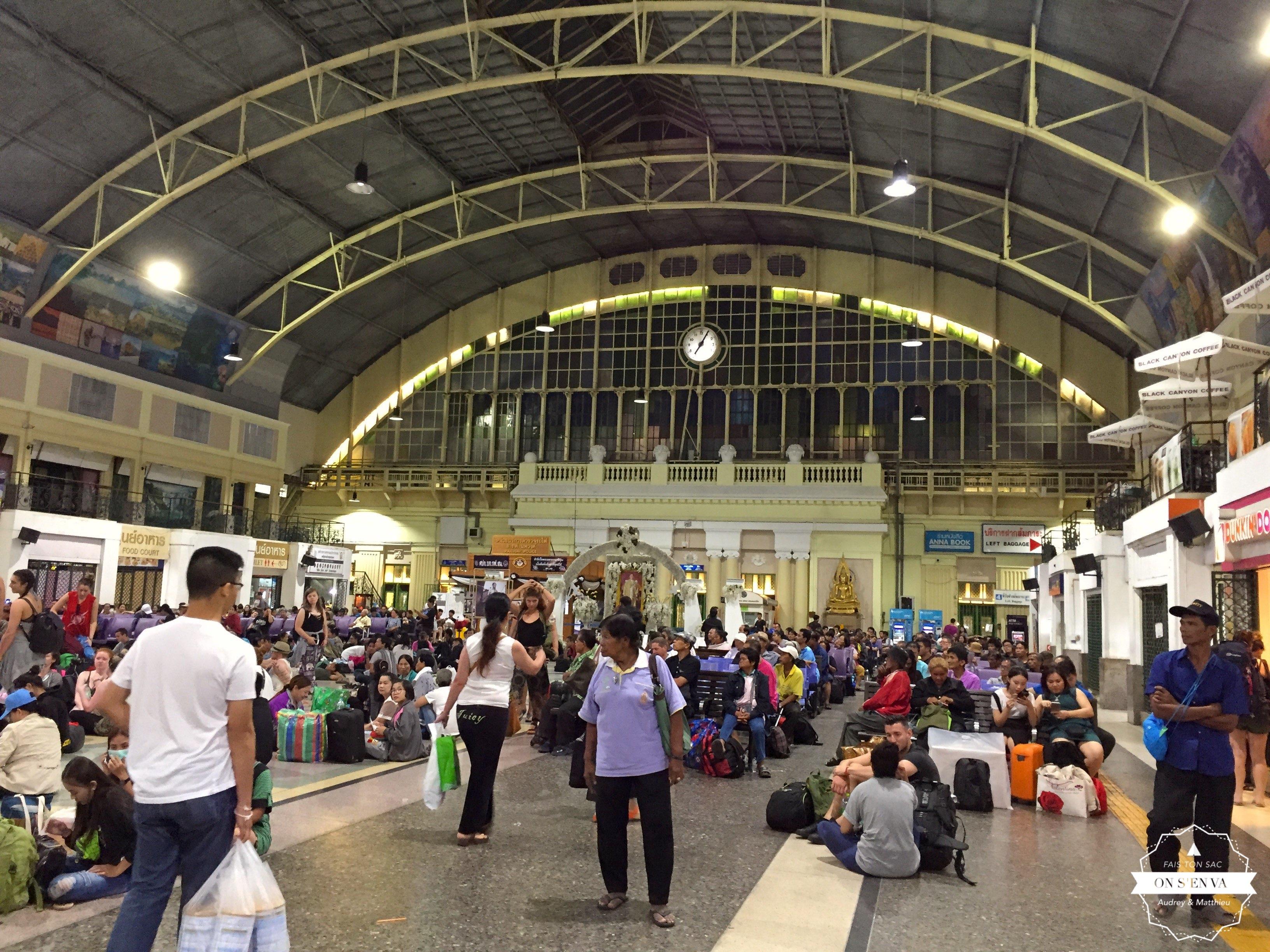 La gare centrale, direction le Sud