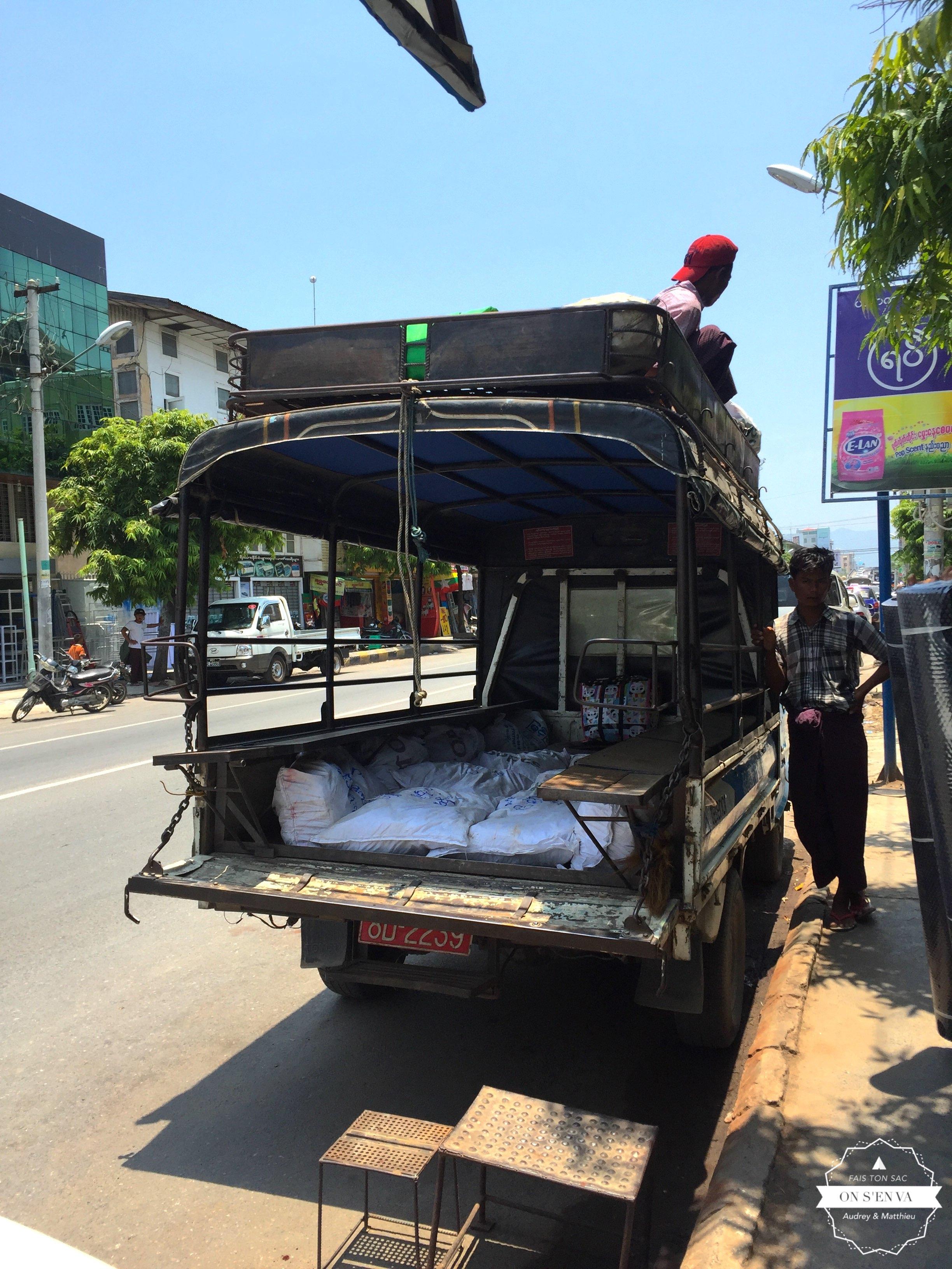 Départ pour Pyin Oo Lwin