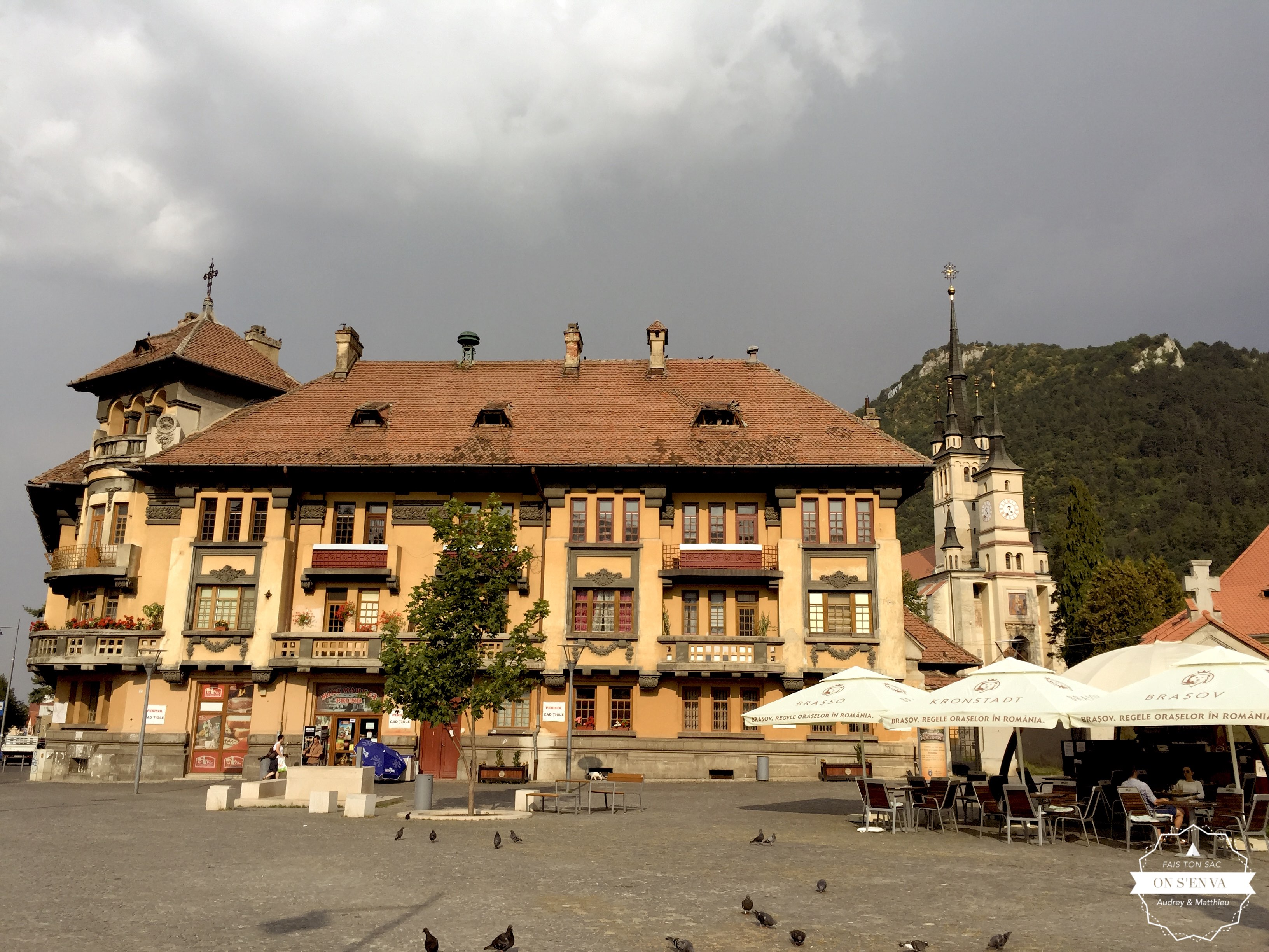 Place de la basilique St Nicolas