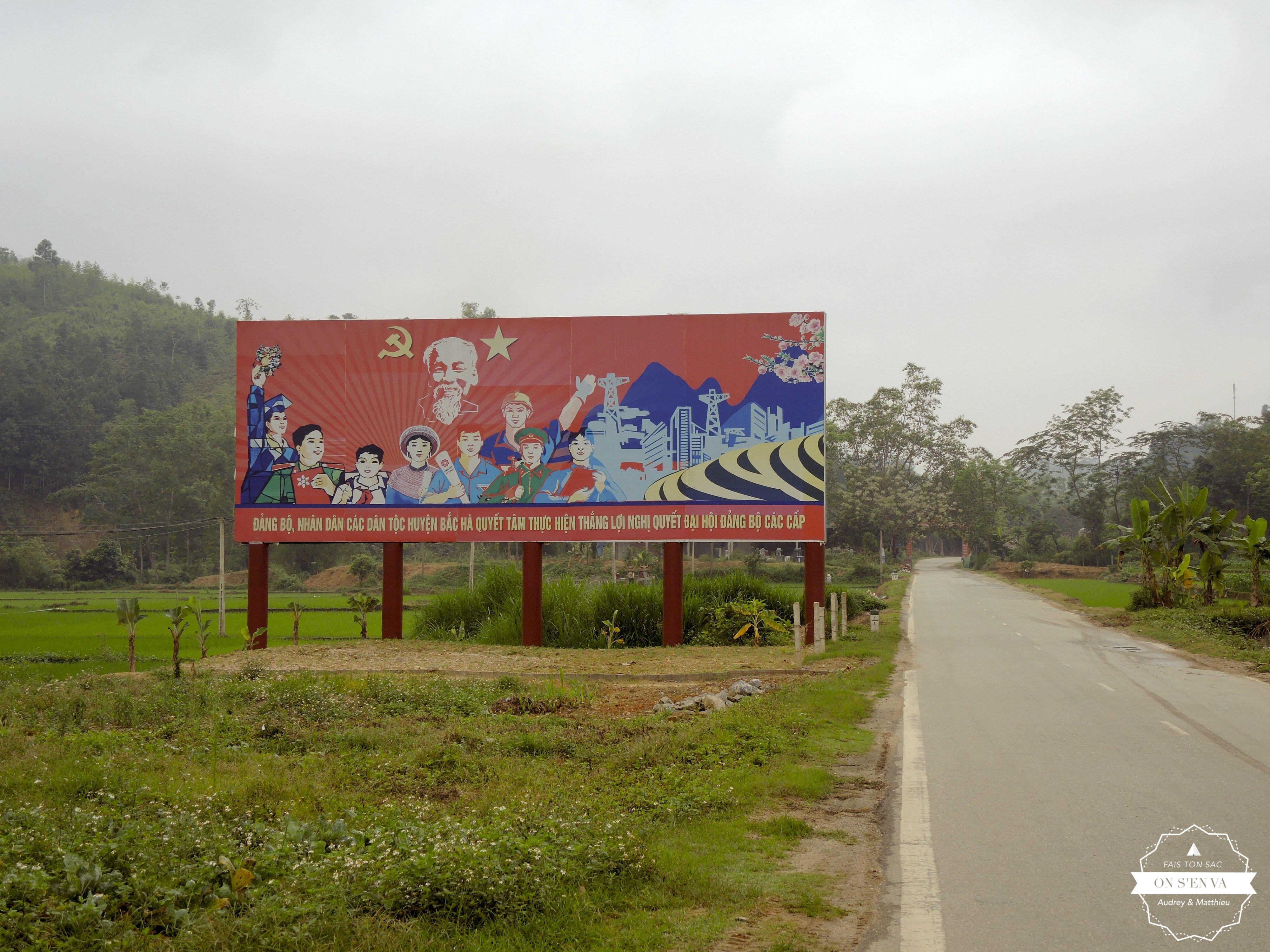 Sur la route, affiche de propagande