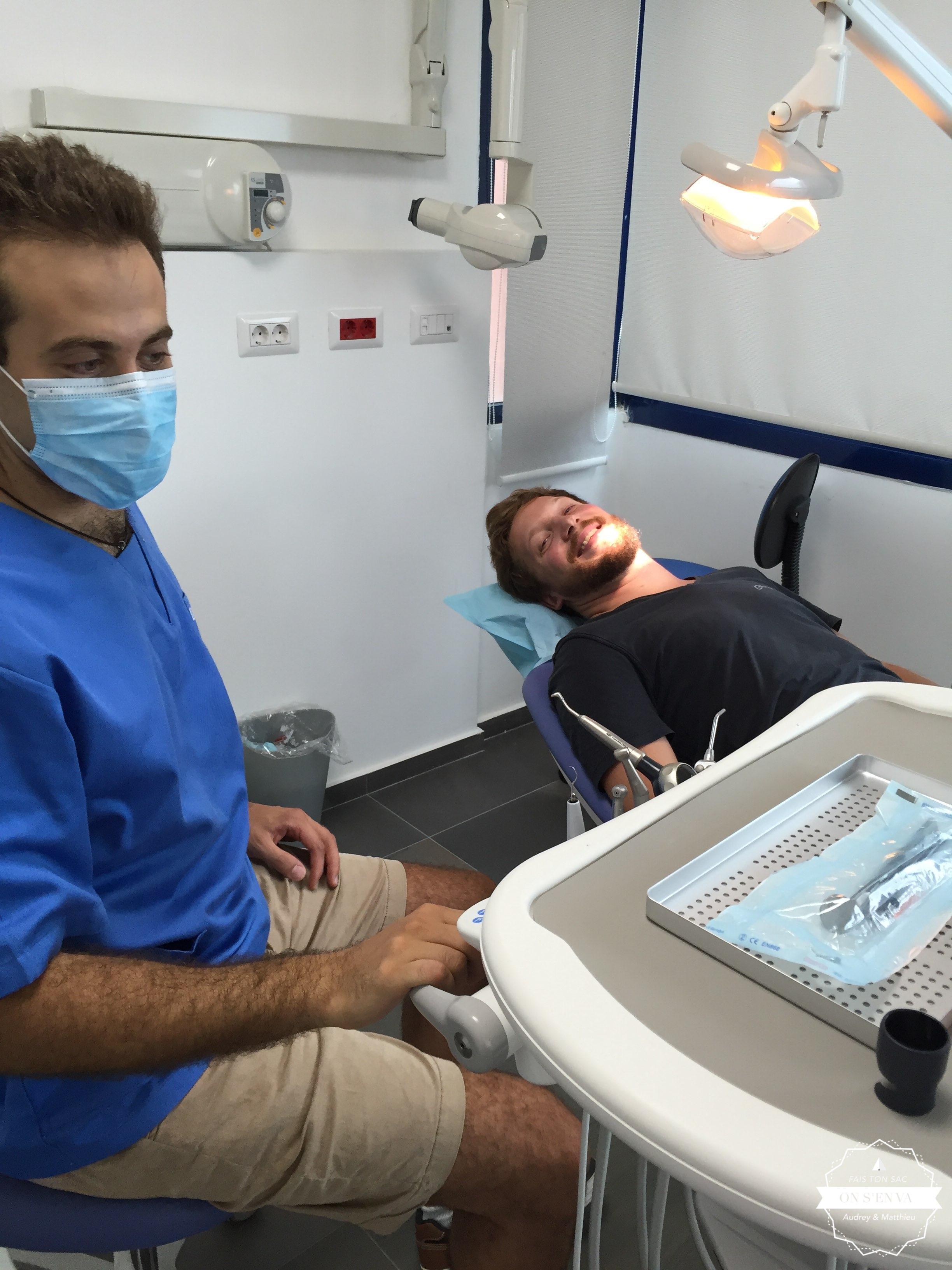 Visite chez le Dr Karouni!