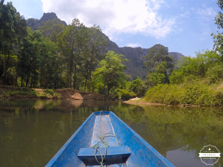 Konglor Cave en barque