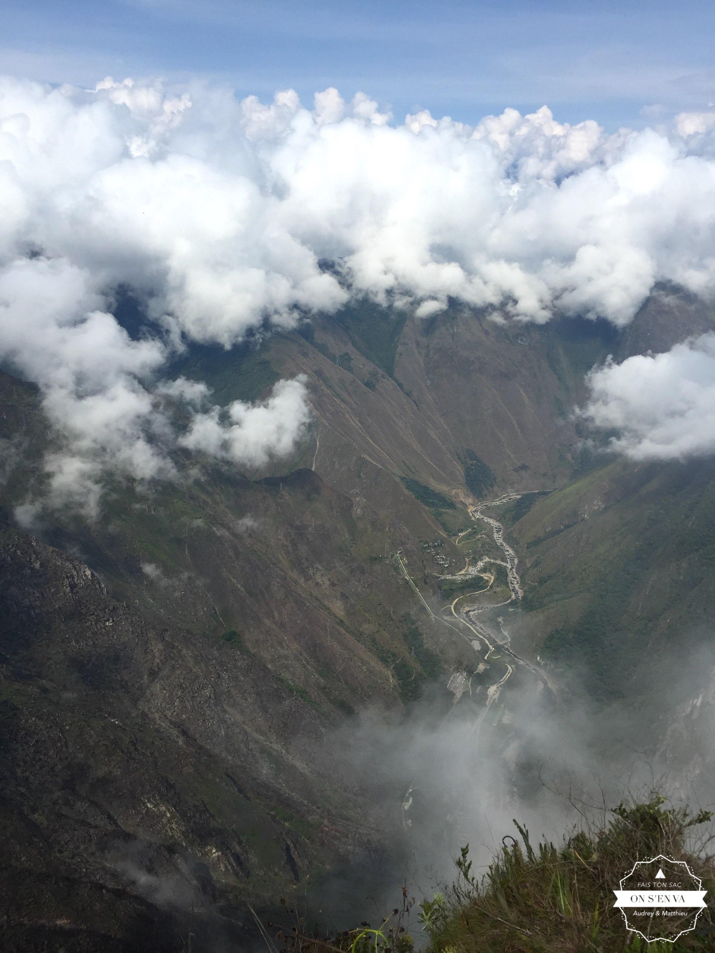 La vallée située derrière