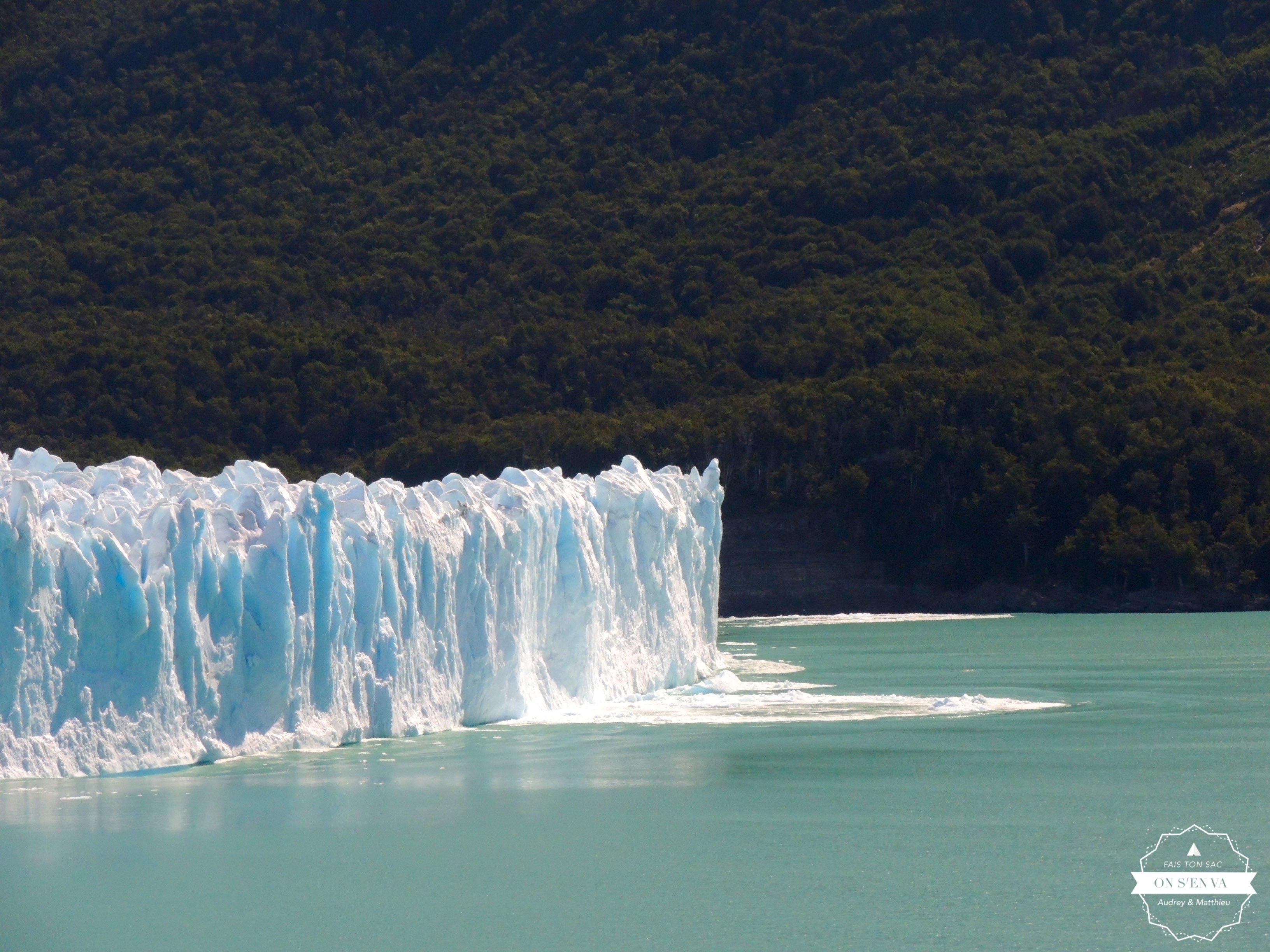 La glace tombe...