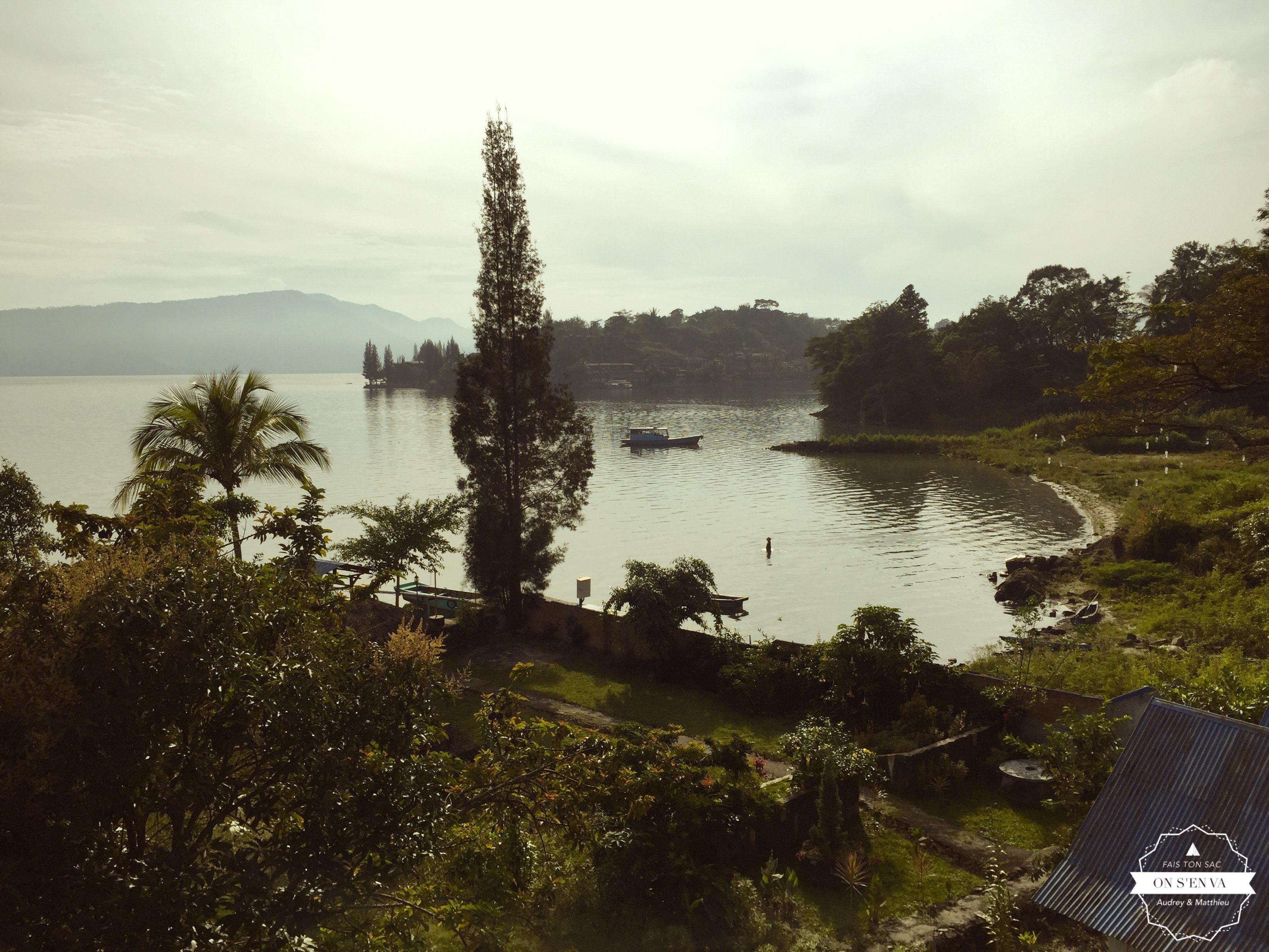 Premier réveil à Samosir