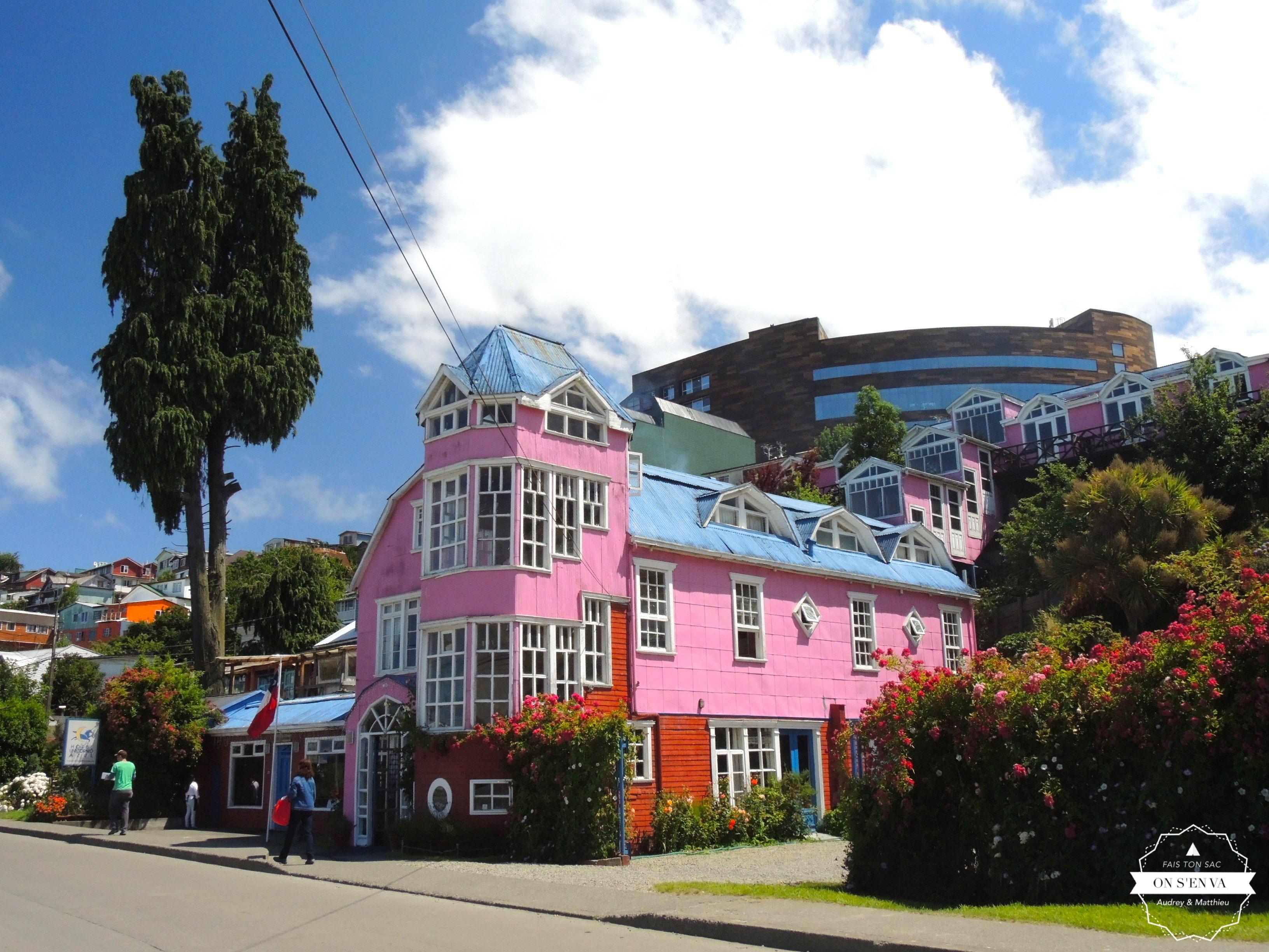 Castro, des maisons colorées