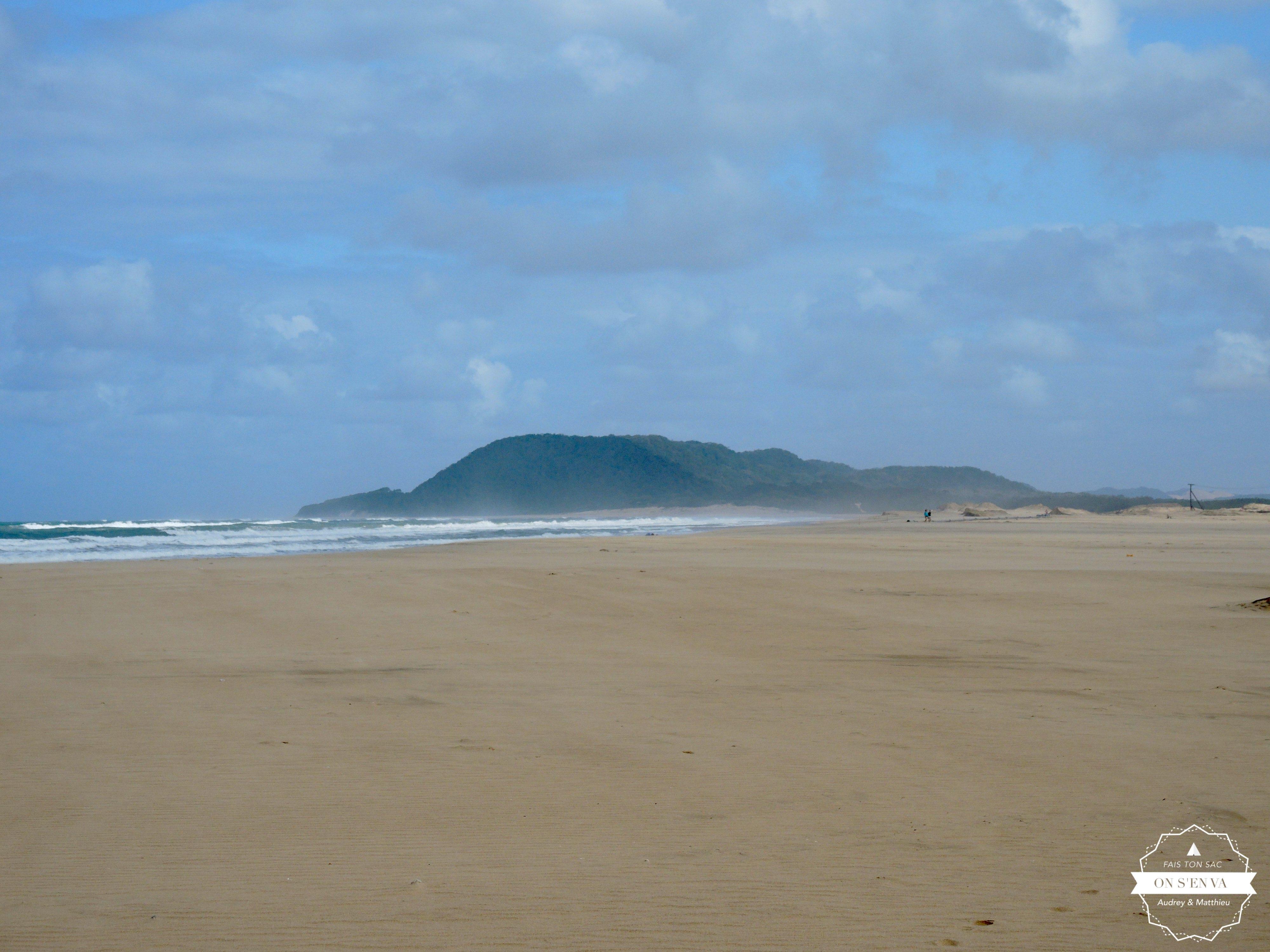 La plage juste derrière