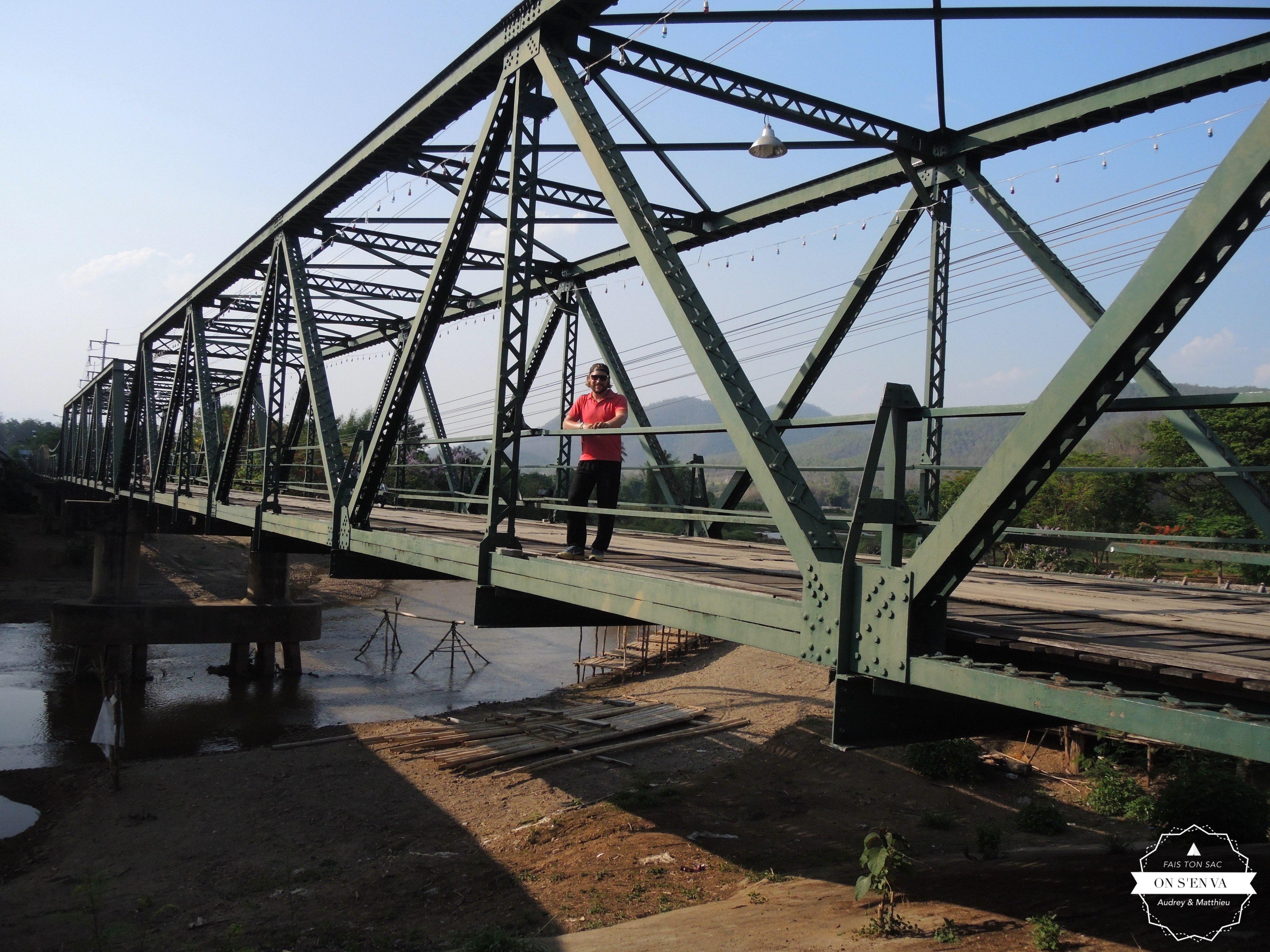Mémorial Bridge à Paï